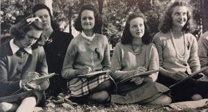 Girls' art class, 1942