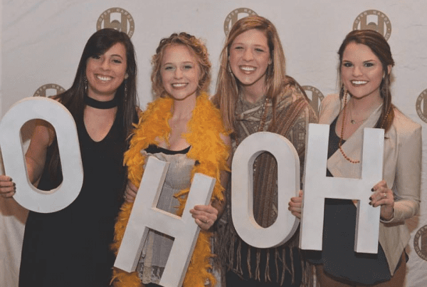 Jennifer Giddens '16, left, and Kayla Funk, left middle, at an OHOH event.