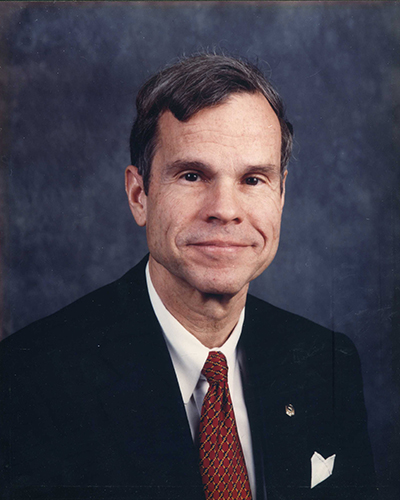 Robert E Lowder '64