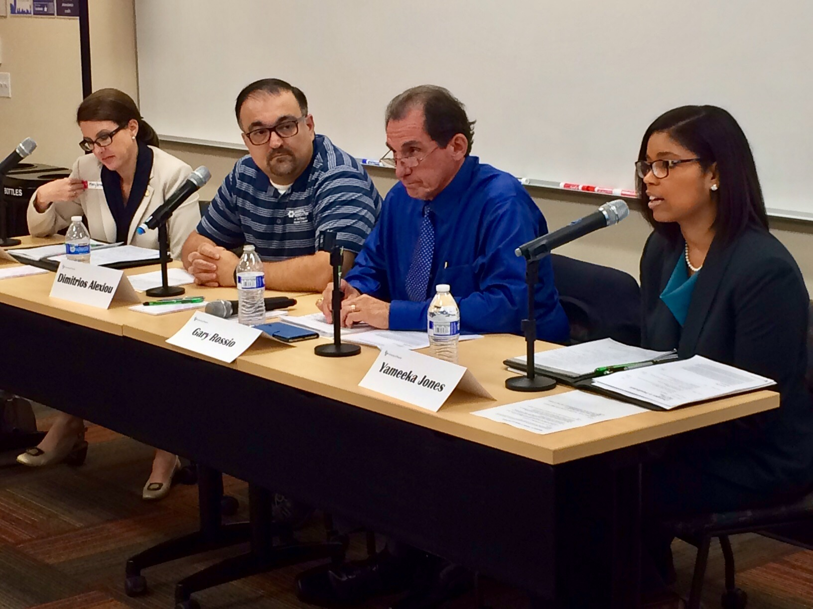 Yameeka on Panel of 4 people