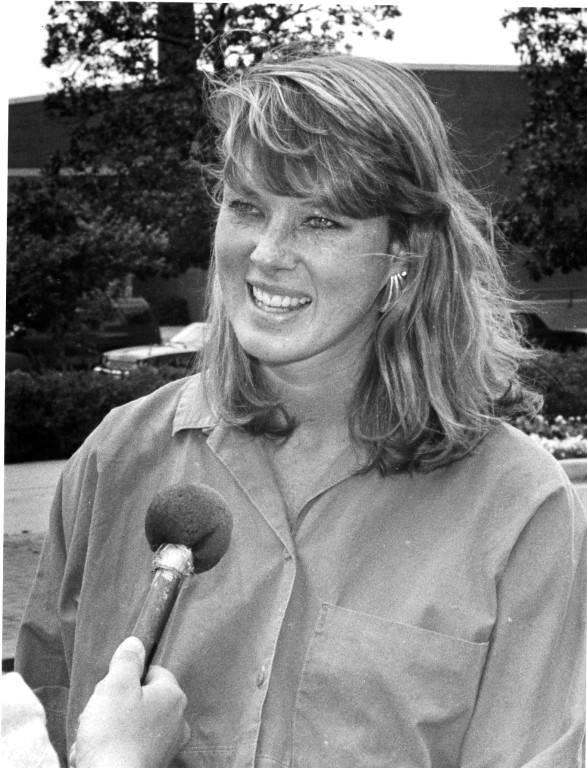 1988 Cindy Holland first female SGA president