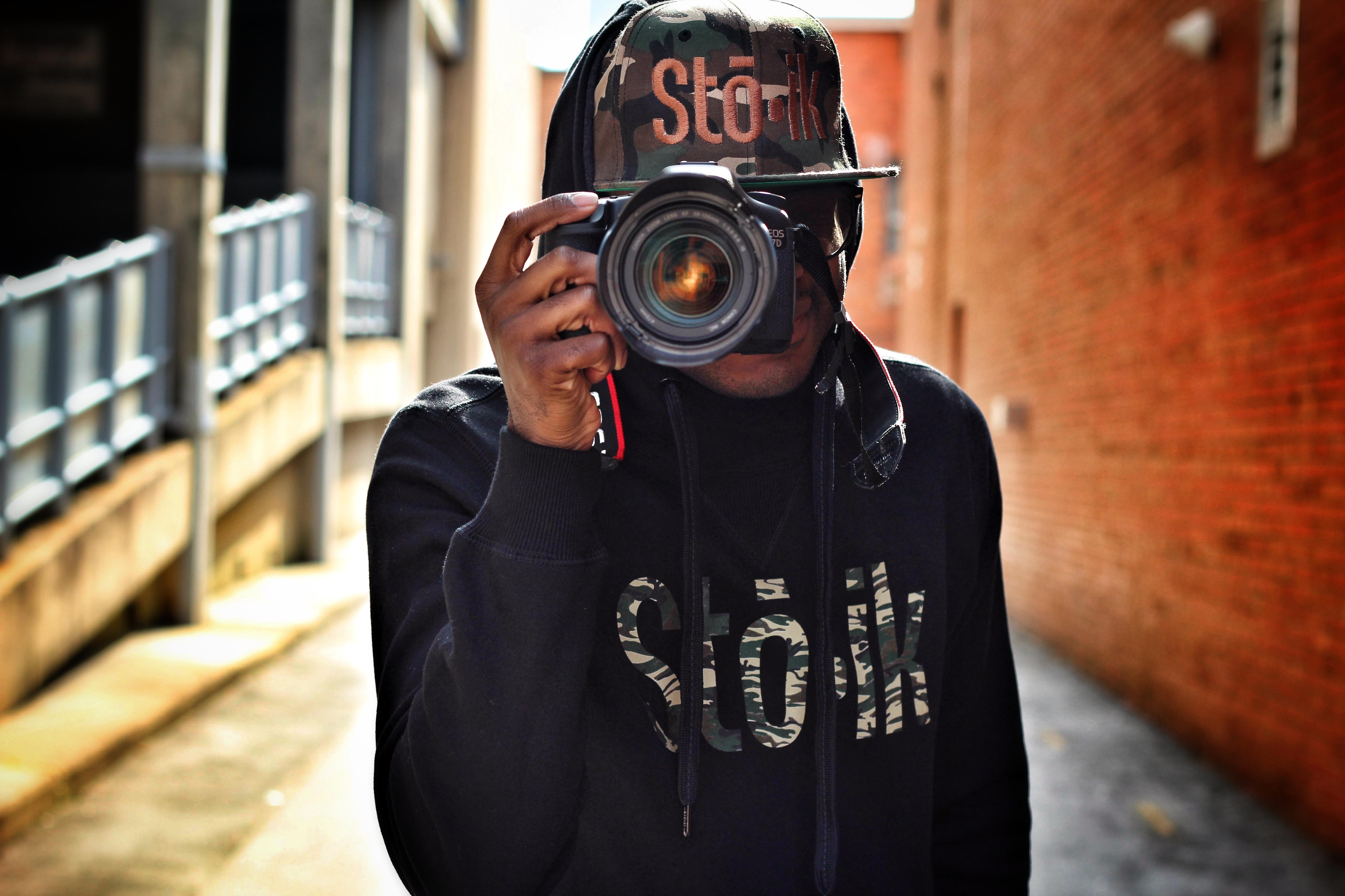 Henderson camera