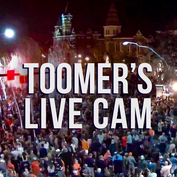 Toomer's Live Cam