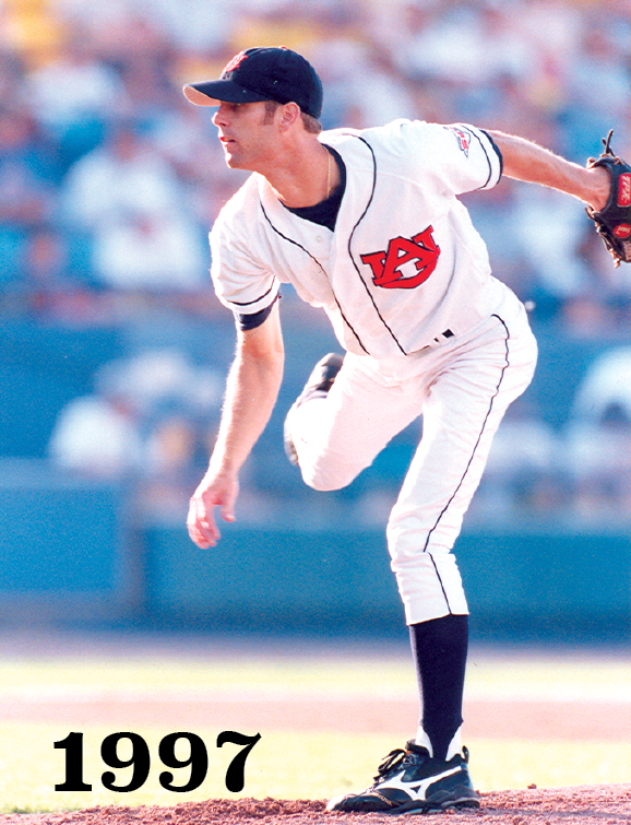 1997 Tim Hudson pitching for Auburn