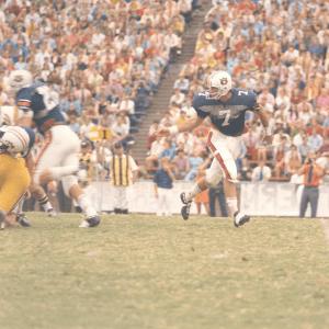 Remembering Auburn Football Legend Pat Sullivan