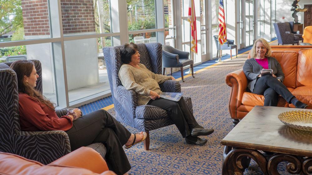 Auburn Alumni Center Atrium